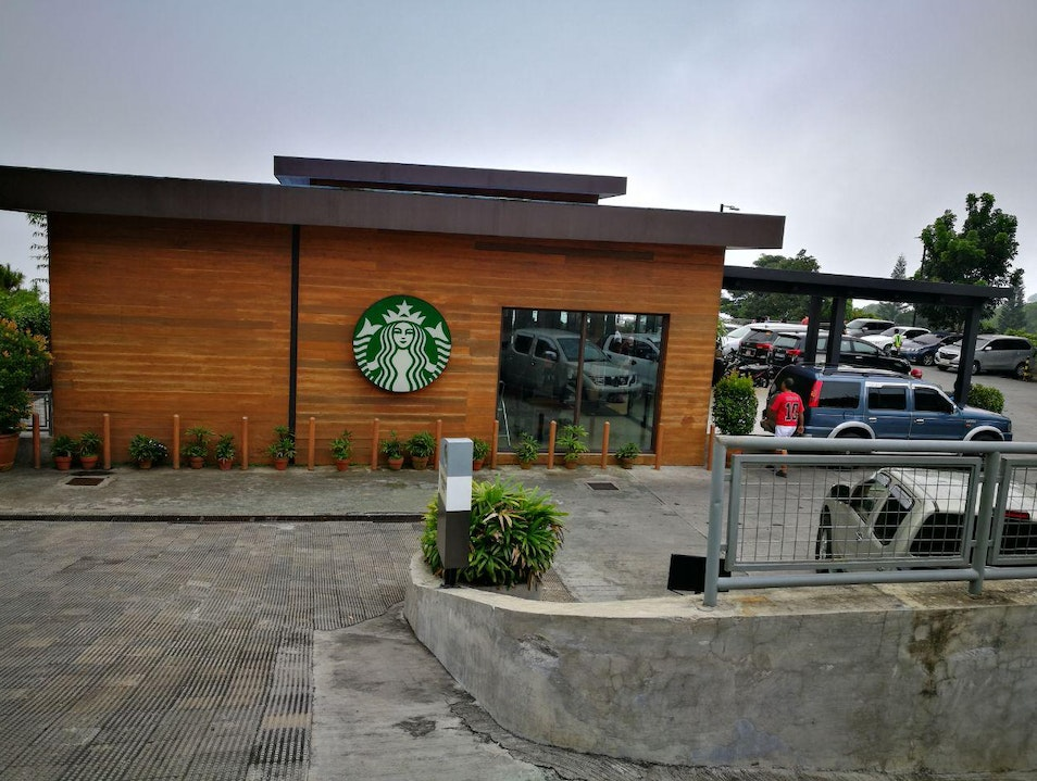The biggest Starbucks in the Philippines Tagaytay  Philippines