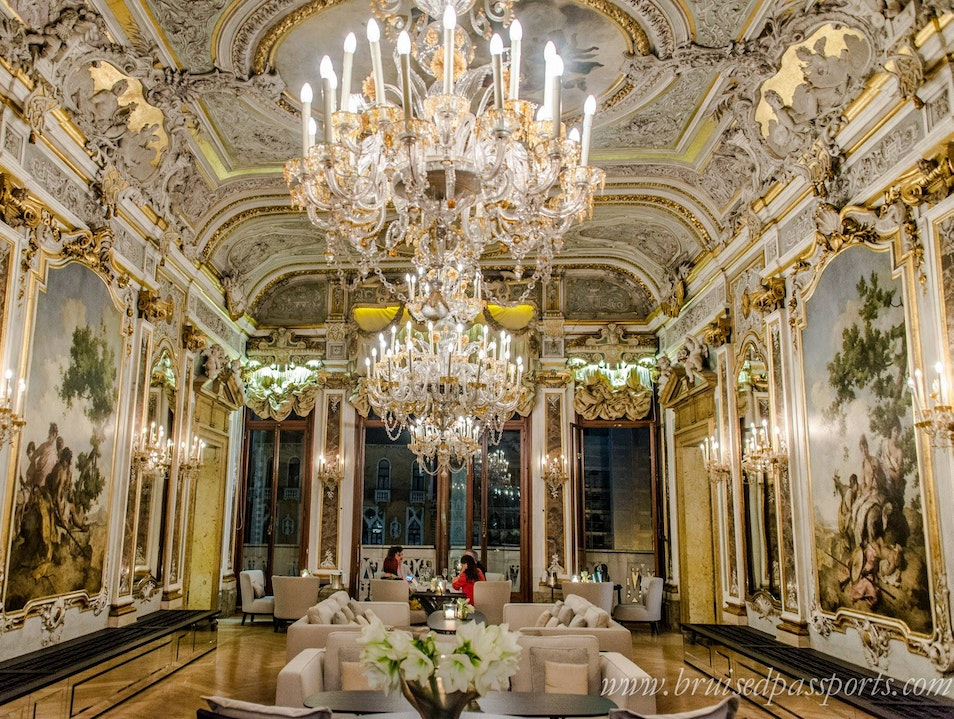 Dine At A Count's Mansion Venice  Italy