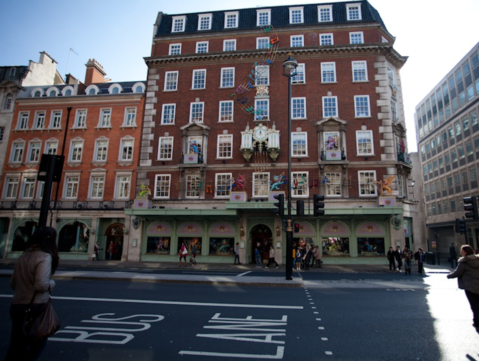 London's Fortnum & Mason: Royal Food Supplier London  United Kingdom