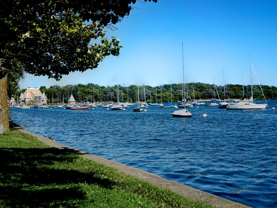 The Water City's Scenic Sites