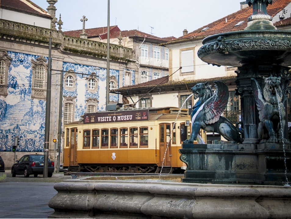 Praça de Gomes Teixeira, The Square with the fountain of Lions Porto  Portugal