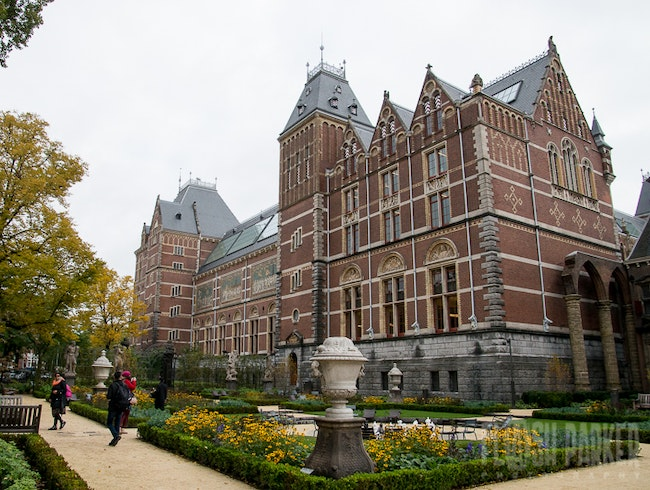 MORNING AT THE RIJKSMUSEUM