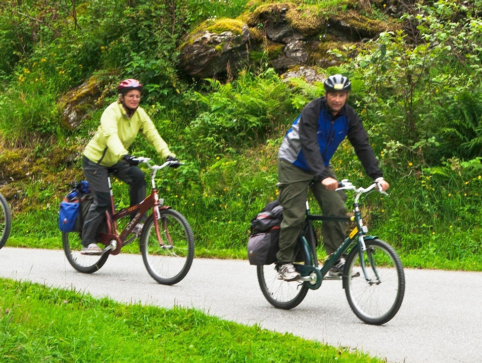 Djupvasshytta Mountain Lodge Bike Ride Stranda  Norway