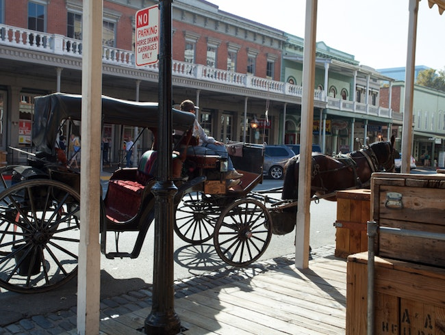 Carriage Rides: A Old Town Sacramento Tradition