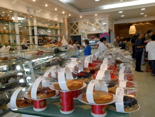 Great sweets and deli food