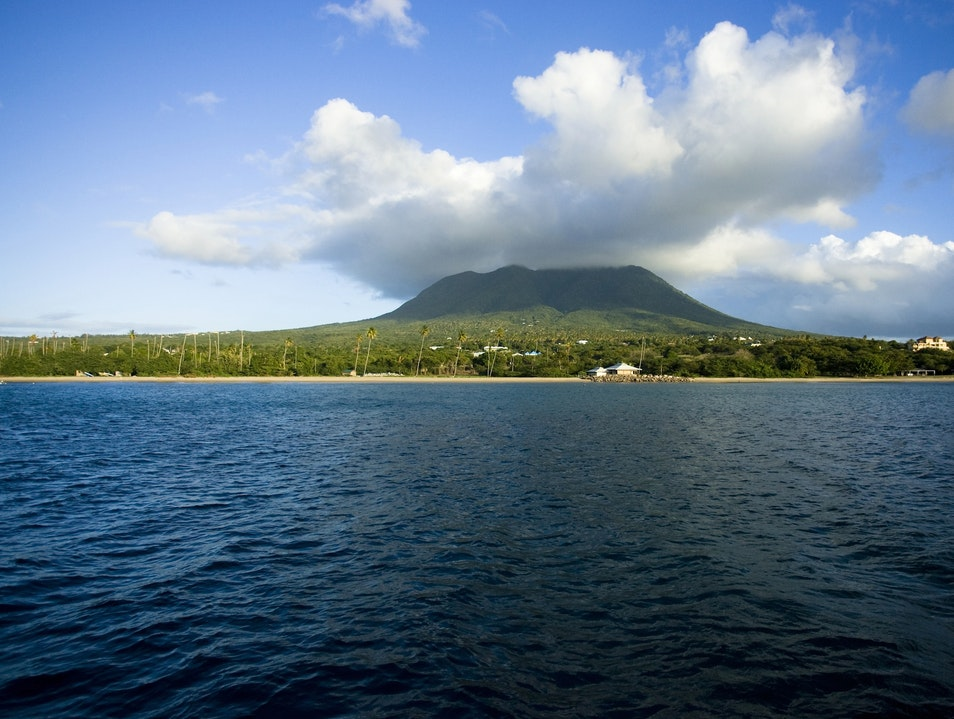Hike to the top of Nevis