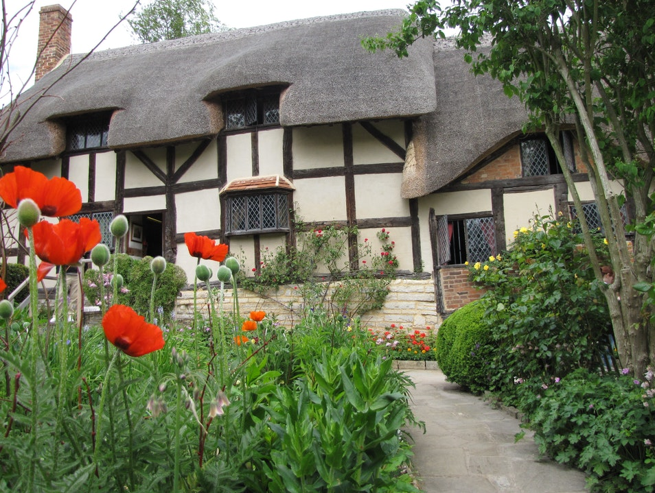 Anne Hathway's Cottage in Stratford-upon-Avon Stratford Upon Avon  United Kingdom