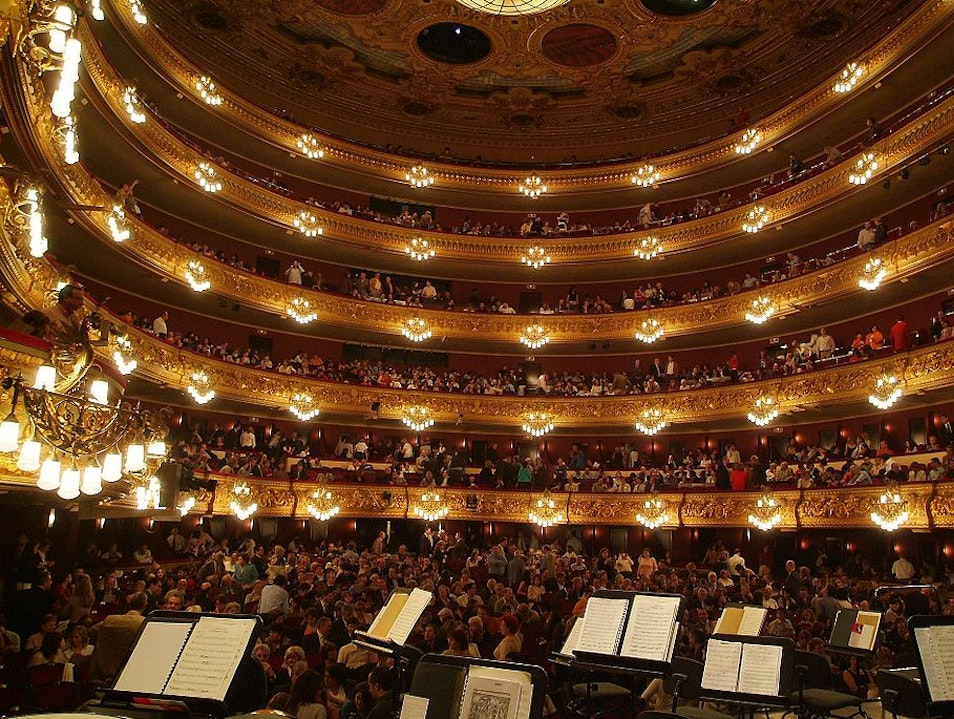 Immerse yourself in Barcelona's theater scene