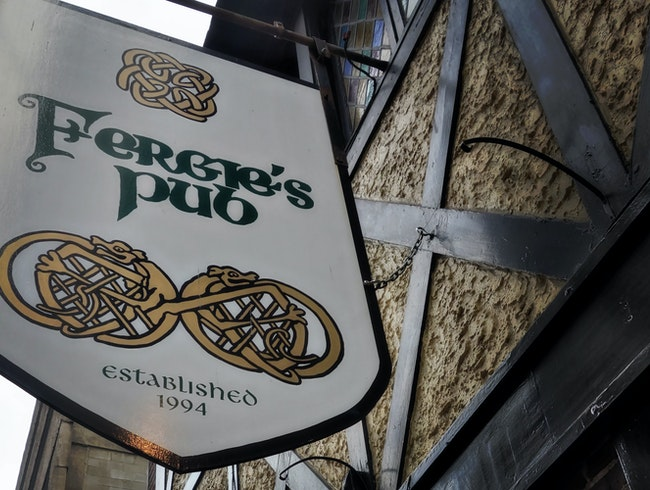 A traditional Irish pub in downtown Philly