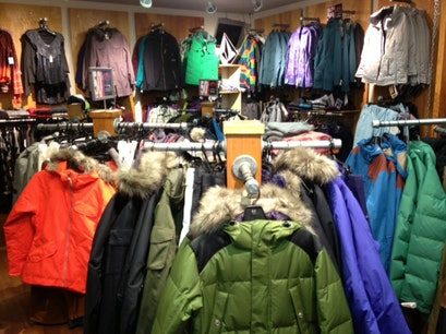 D & E Ski & Snowboard Shop Snowmass Colorado United States