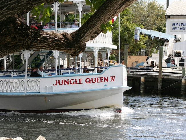 Jungle Queen Riverboat: A Fort Lauderdale Tradition