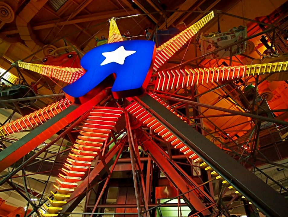 Ride the Ferris Wheel at Toys''R''Us New York New York United States