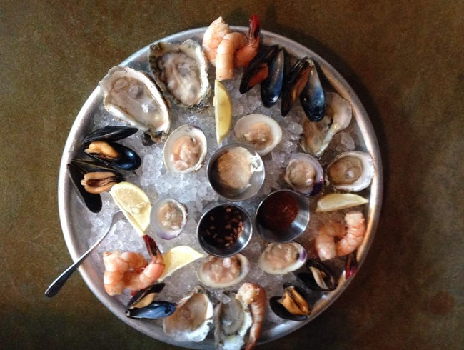 Oysters and Cocktails in Richmond