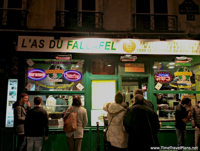 Eating with Parisians