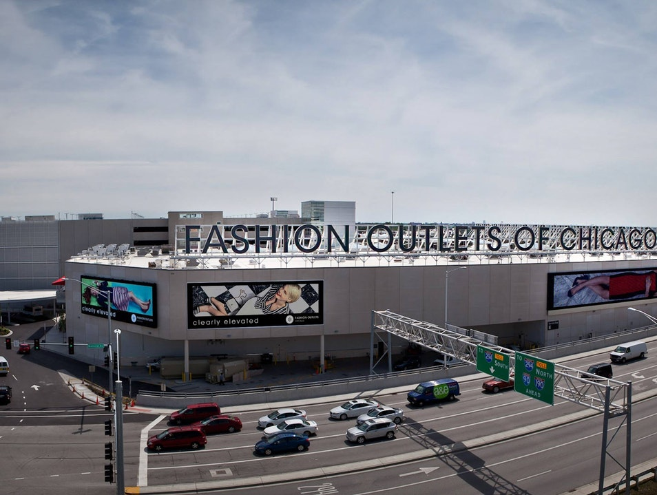 Chicago's Newest Outlet Mall Rosemont Illinois United States