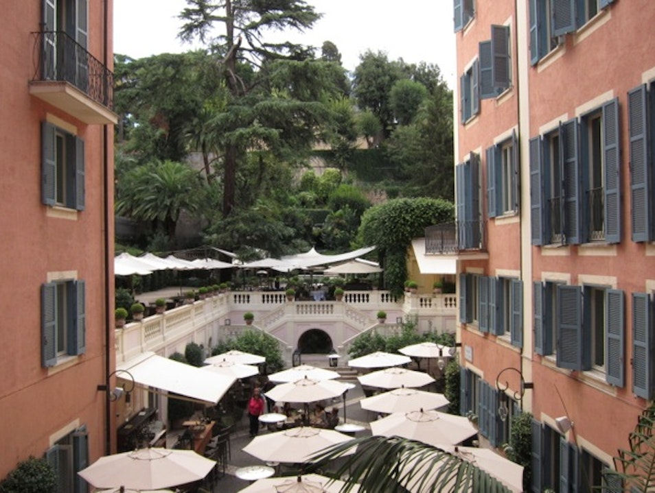 Your own private garden in the middle of busy Rome