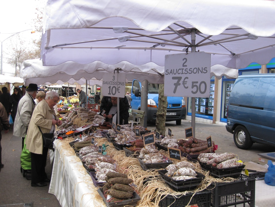 Marché de la Creation in Lyon on Sunday morning only