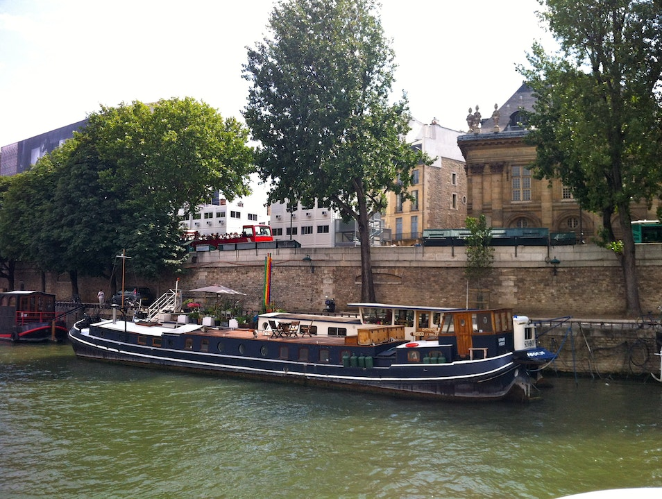 Cruising down the Seine