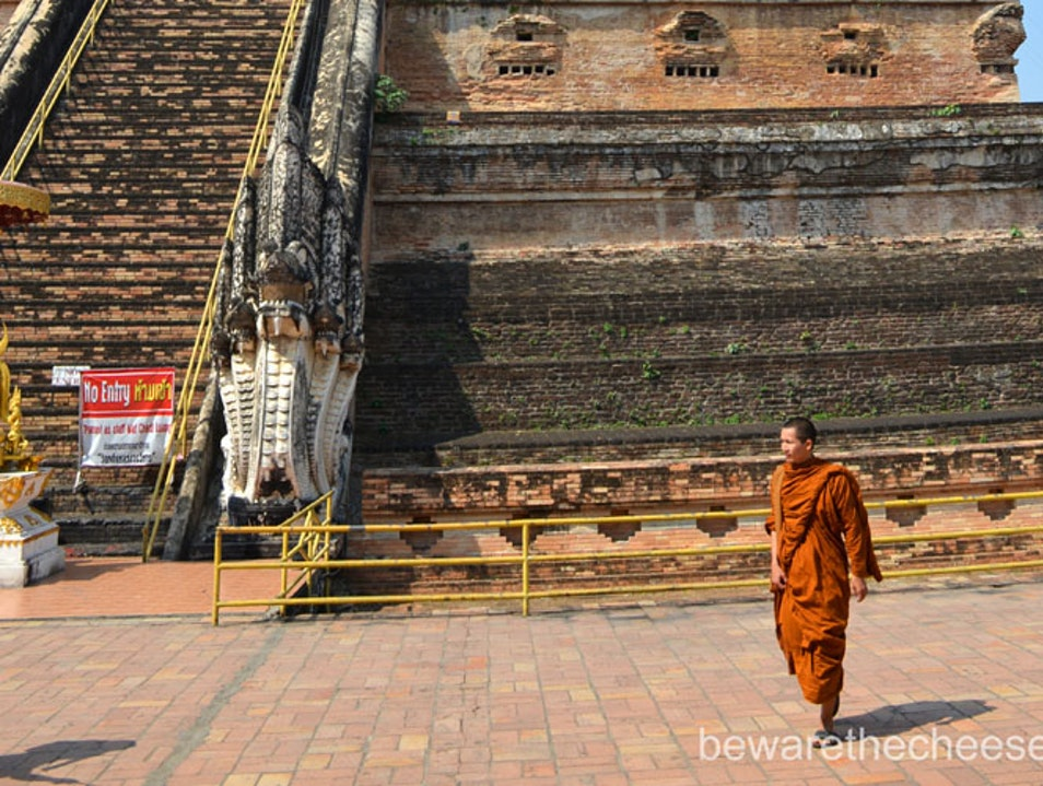 Thailand Travel Tips - Temples In Chaingmai