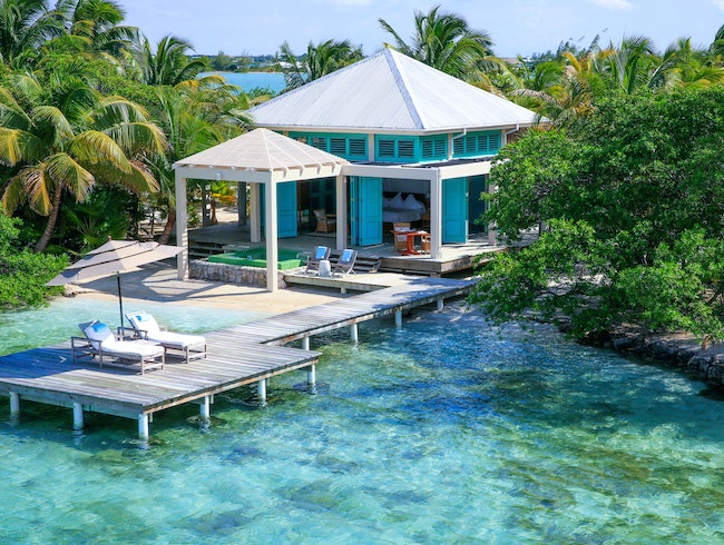 Luxurious Island Lodging