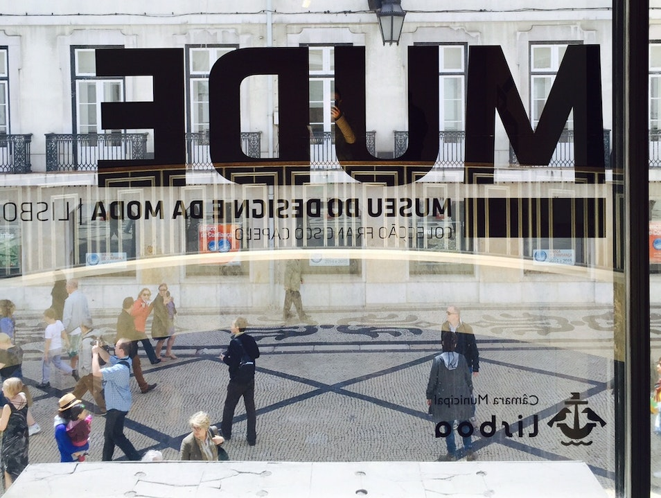 MUDE - Museum of Design and Fashion