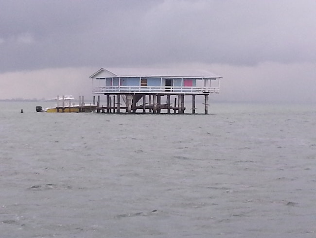 Boat out to Stiltsville