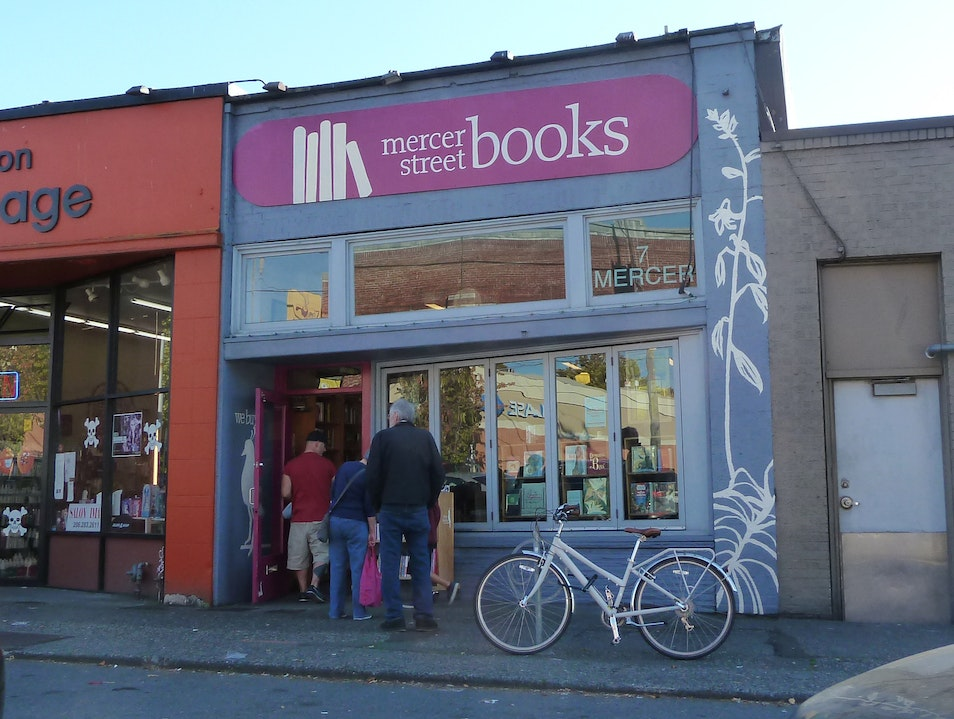 Secondhand Tales at Mercer Street Books