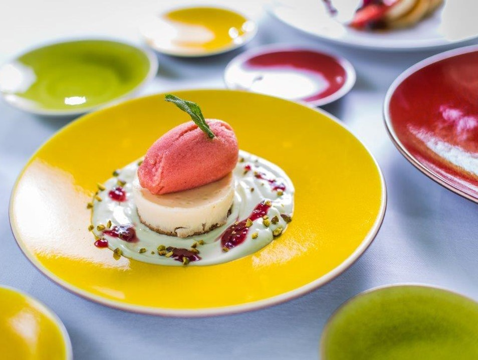 FR/AME: Franco-Californian Dining With a View  Paris  France