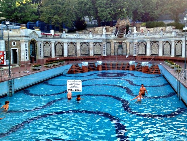 Gellert Bathhouse and Spa, Budapest