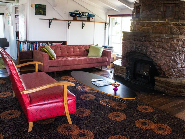 European-Style Stay in Hobart's Sandy Bay