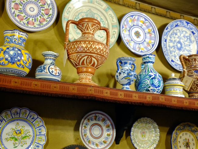 A Little Ceramic Shop Preserving Spanish History