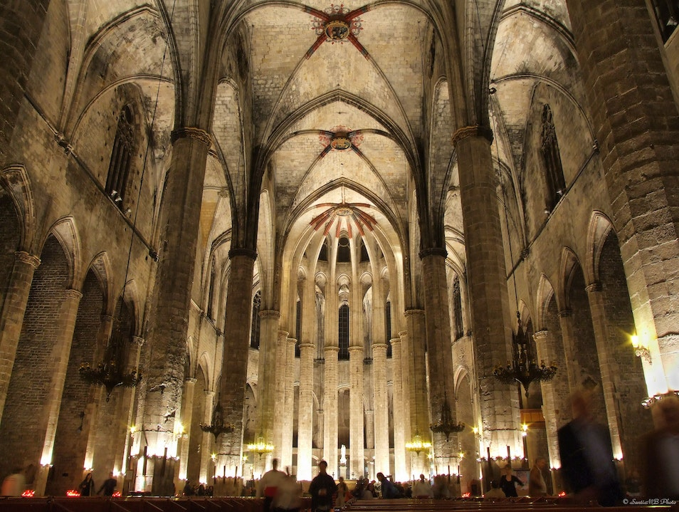 Stunning Architecture at Basilica de Santa Maria del Mar Barcelona  Spain