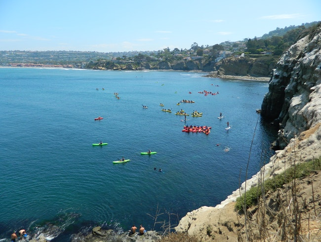 Kayak the La Jolla caves