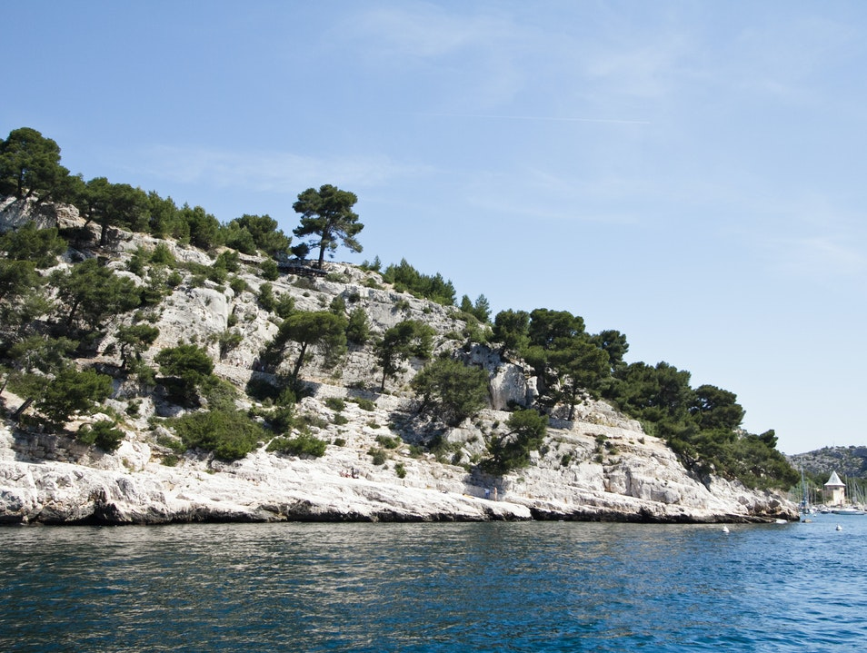 Hiking, Climbing and Swimming the Calanques