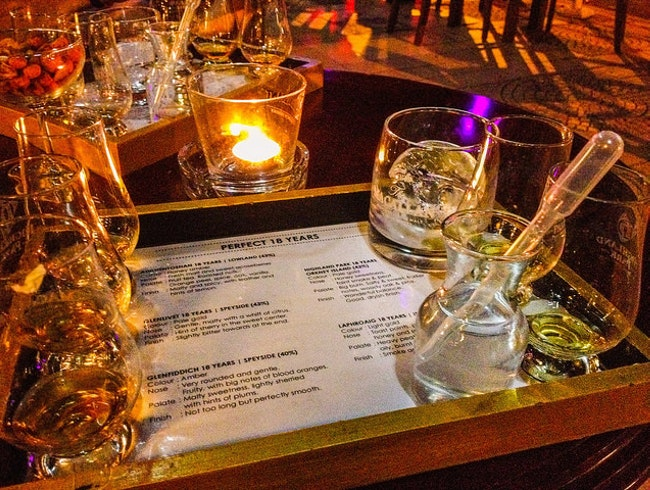 Sample Scotch at Whisky Bar