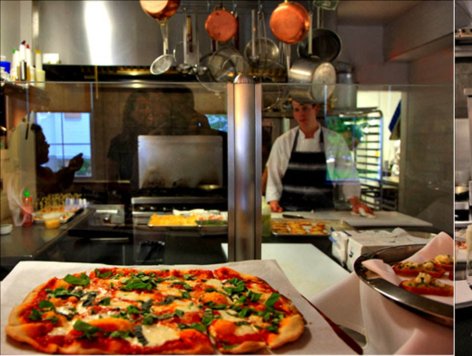 Rustic Farm-to-Table Pizzas at Vin 909 Annapolis Maryland United States