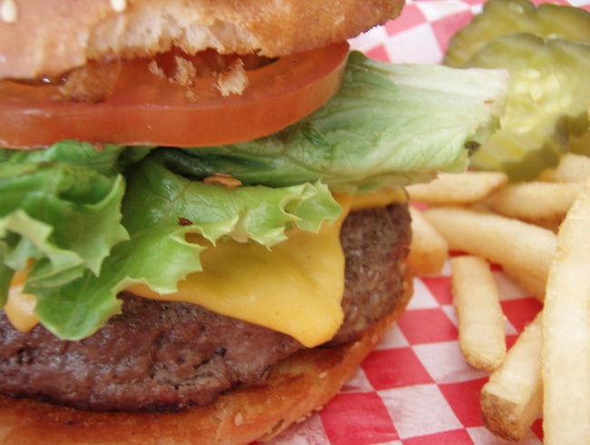 The Best Burger You've Ever Had at Le Tub, Hollywood