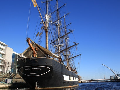 Jeanie Johnston Tall Ship & Famine Museum Dublin  Ireland