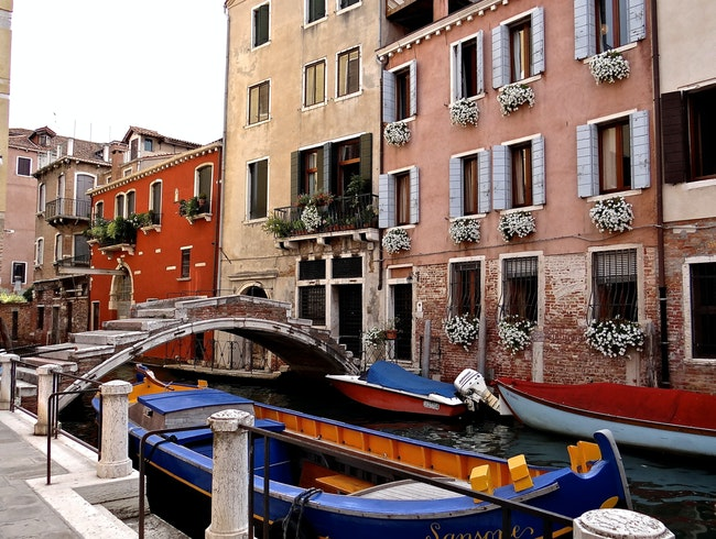 Cannaregio Canal Delight