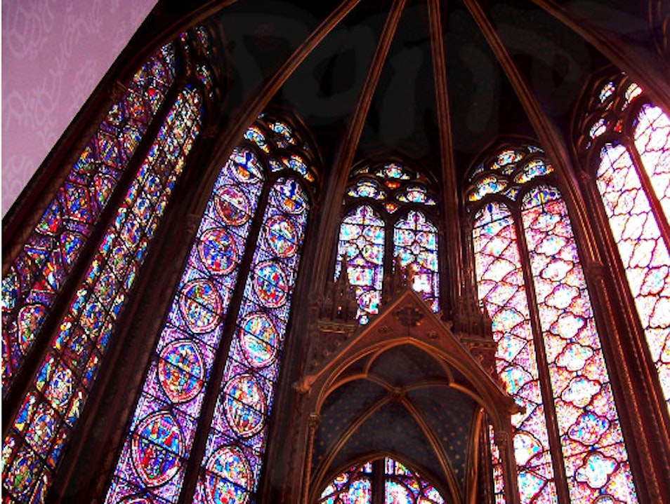 Unsurpassed 13th c. Chapel with Stained Glass Windows