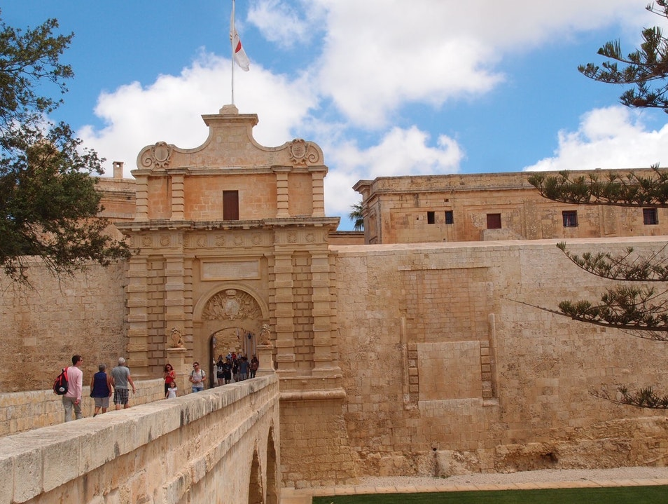 Wander the Fortified Walls of Mdina Mdina  Malta