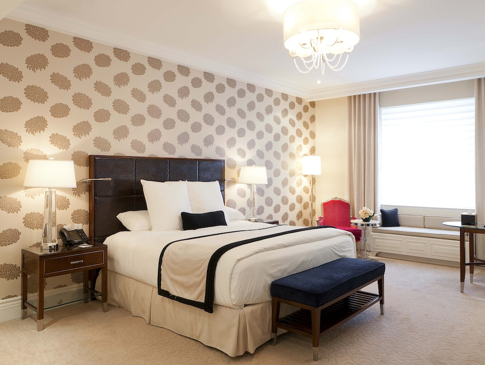 Contemporary and Classic Rooms