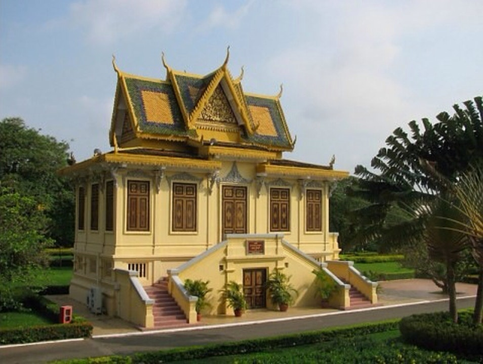 On The Grounds Of The Royal Palace Phnom Penh  Cambodia