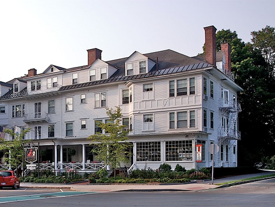 Red Lion Inn is Your Quintessential Berkshire Getaway Stockbridge Massachusetts United States