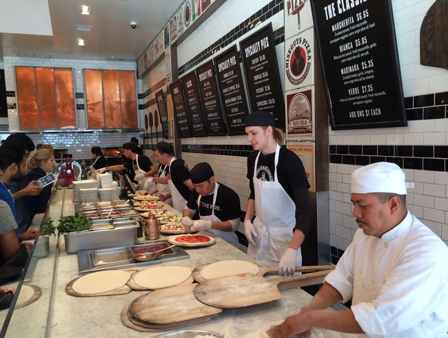 Dinner at the Original 800 Degrees Pizza