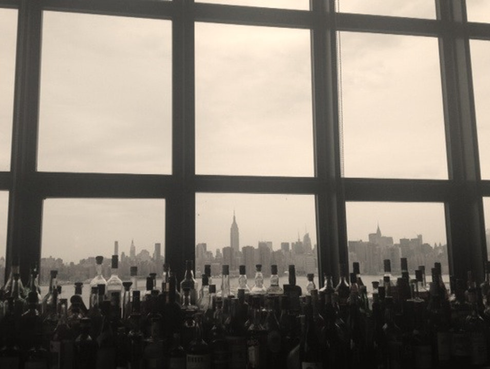 Best Bar View of the Manhattan Skyline: The Ides  New York New York United States