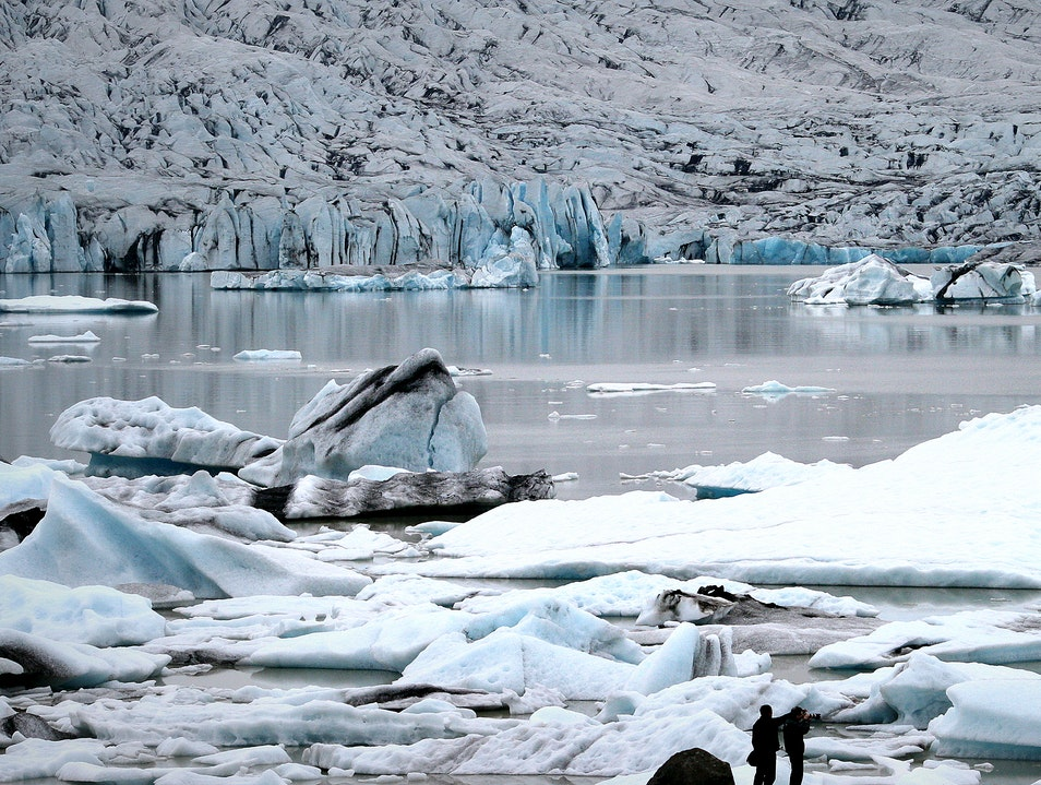 The glacial lagoon at Jökulsárlón