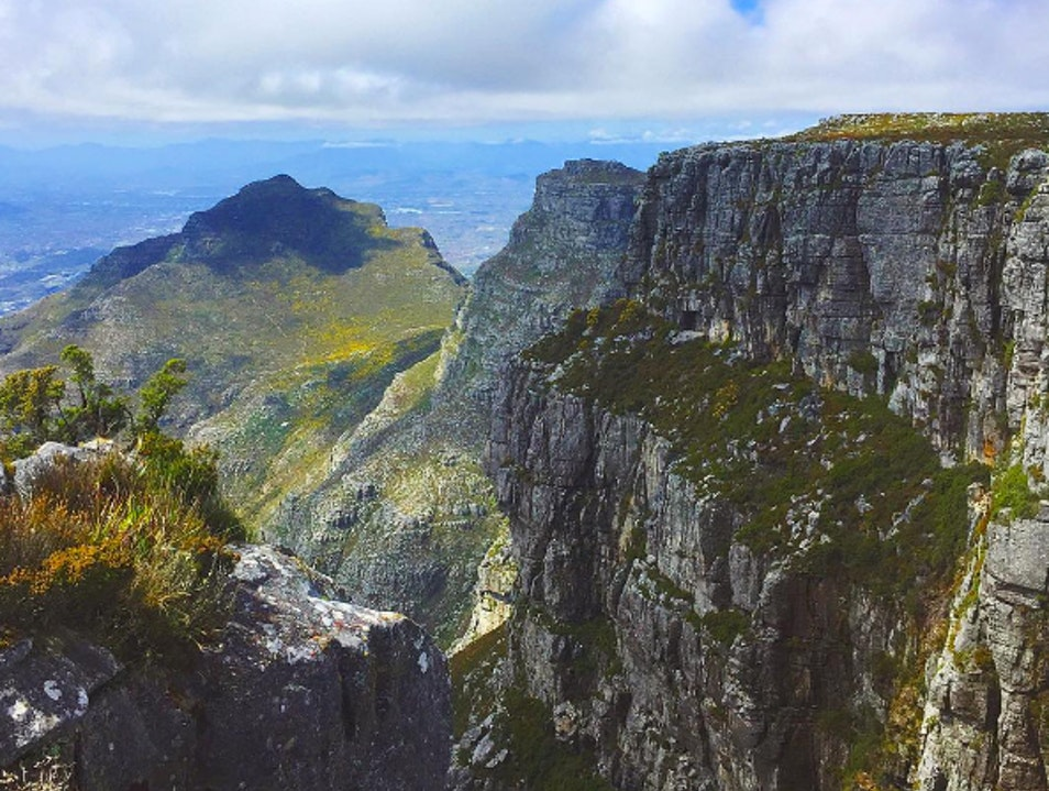 Take a Cable Car to one of the World's Seven Wonders   South Africa