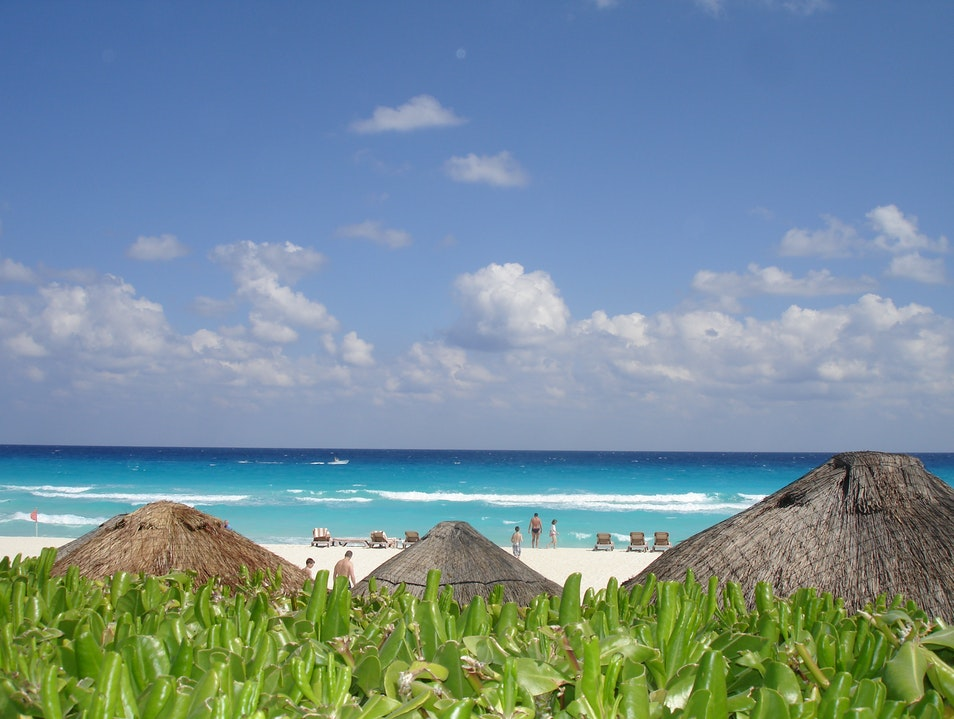 Turquoise-blue waters of the Carribean