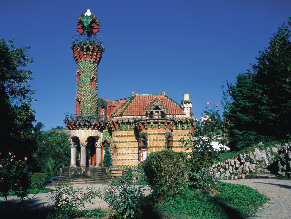 Whimsy in Comillas